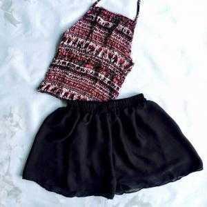 Set yếm lanh quần váy voan