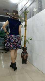 Áo thung sớ xooc.. chân váy hoa