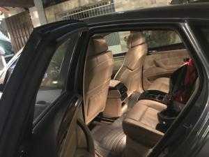 Cần tiền bán nhanh BMW X6 2009 đk 2010 một chủ biển còn bốn số chuẩn