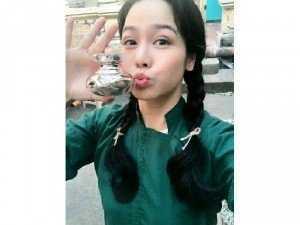 Mỹ Phẩm Laura sunshine của Nhật Kim Anh