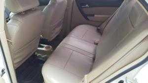 Bán Chevrolet Aveo LT 1.5MT số sàn màu trắng sản xuất 2014 biển Sài Gòn