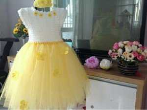 Đầm xinh cho bé gái