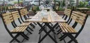 Bàn ghế gỗ quán nhậu giá rẻ nhất hgh0005