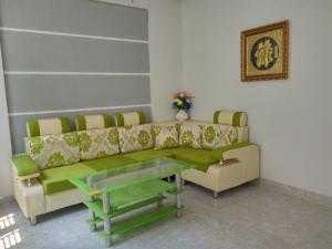 Bán nhà 1 trệt 1 lầu mặt tiền đường Đinh Đức Thiện 3PN,2WC giá bán1.200tr