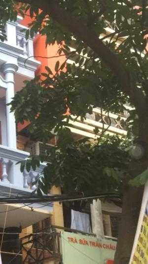 Nhà đẹp cho thuê tại mặt phố Lê Đại Hành, DT55m2x4T