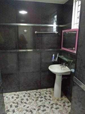 Cho thuê nhà 3 tầng hiện đại trong kqh Xuân Phú, cán bộ ở