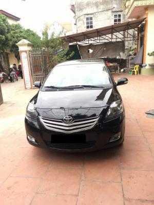 Cần bán chiếc Vios E 2013 màu đen số sàn máy 1.5 cực tiết kiệm