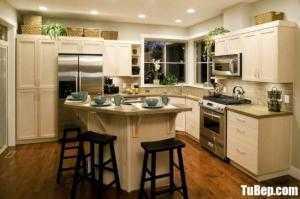 Tủ bếp chất liệu Tần bì sơn men trắng kết hợp bàn đảo – TBN0090