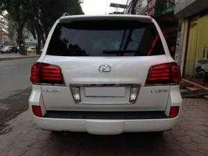 Bán xe Lexus LX570 2011 màu trắng full option