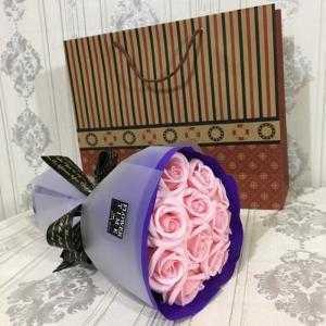 Bó hoa sáp 12 bông Hàn Quốc tặng kèm túi giấy