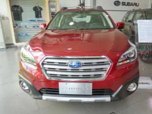 Subaru Outback 2.5 Đỏ