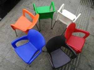 bàn ghế nhựa đúc inox 201 giá rẻ