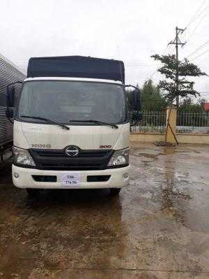 Xe tải Hino 3,5 tấn tại Nghệ An