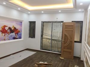 Bán nhà 5 tầng mới xây ở ngõ 290 Kim Mã giá 4,5 tỷ
