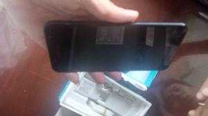 Samsung j7 plus còn bảo hành 11tháng tại TGDD, máy đầy đủ pk