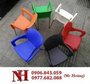 Bàn ghế nhựa cà phê