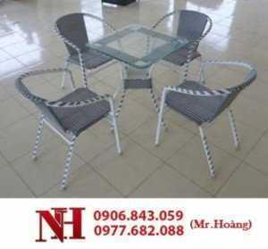 Bàn ghế nhựa cà phê Hoàng Trung Tín