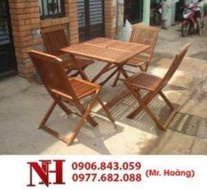 Mẫu bàn ghế gỗ xếp được nhiều quán cà phê lựa chọn