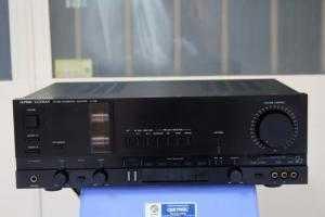 Amplifier LUXMAN LV-105 preamplifier tube