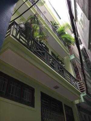 Bán nhà đẹp 5 tầng vị trí lô góc 2 mặt thoáng tại Chùa Bộc