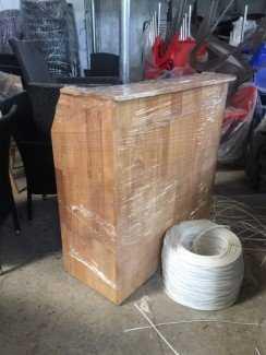Quầy gỗ cao cho kinh doanh cà phê