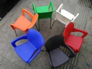 Thanh lý lô ghế nhựa nữ hoàng cho các quán cafe, miễn phí vận chuyển. Liên hệ: 0906843059 Lê Hoàng