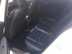 Bán Mazda 3 2.0AT skyactiv màu trắng số tự động sản xuất 2015 full options