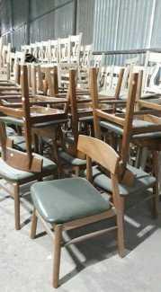 Thanh lý lô ghế chữ A cho các quán cafe