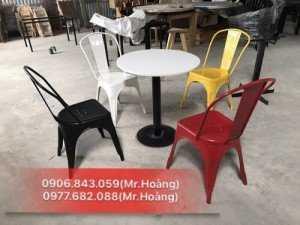 Phân phối ghế nhựa Tulix cho kinh doanh bar, cafe