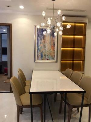 Cho thuê căn hộ khu LANDMARK 1, khu đô thị Vinhome Central Park, số 208 Nguyễn Hữu Cảnh