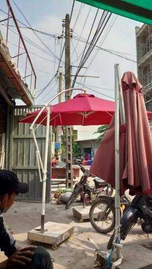 Dù che quán cafe giá rẻ