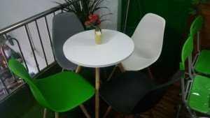 Thanh lý bộ bàn ghế cafe nhựa đúc cao cấp