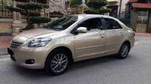 Cần bán chiếc Toyota Vios E 1.5mt 2013 màu vàng cát cực đẹp odo 35.000km mới tinh,