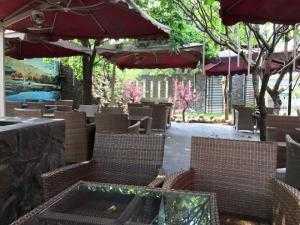 Cần bán nhà hàng, cà phê, Karaoke, Đường An Phú Đông xx , Quận 12