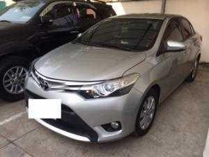 Toyota Vios - Màu Bạc 2015