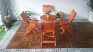 Bộ bàn ghế xếp gỗ cho kinh doanh cafe