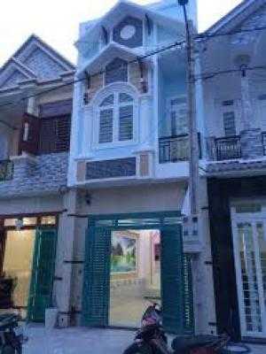 Nhà đường 833B , cạnh Chợ Long Can , Sổ Riêng ,1 lầu 3PN.