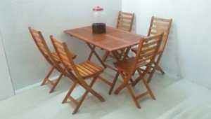 Công ty cung cấp bàn ghế gỗ xếp kinh doanh cafe, nhà hàng, quán ăn