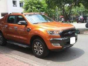 """Cho thuê """"ông vua bán tải"""" Ford Ranger 2015 mạnh mẽ, giá rẻ bất ngờ"""