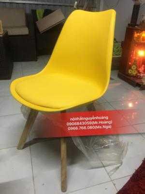 Bán bàn ghế nhựa chân gỗ