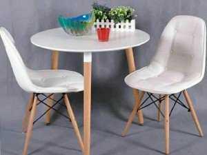 Ghế nhựa chân gỗ có nệm