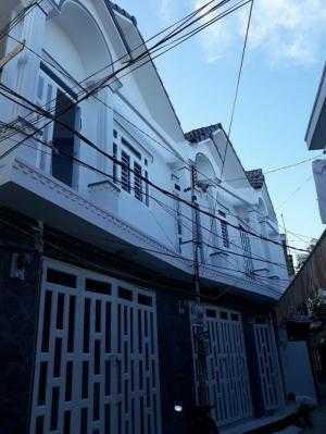 Bán 03 Căn nhà 1 lầu ( Nhà nhỏ ) và 07 căn Nhà trọ cao cấp NGAY TRUNG TÂM TPCT