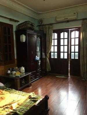 Bán nhà đẹp 5 tầng MT 4m khu Tôn Đức Thắng