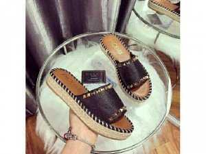 Giày đẹp, chính hãng