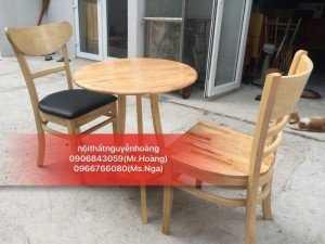 Bộ bàn ghế gỗ tựa lưng, bàn tròn