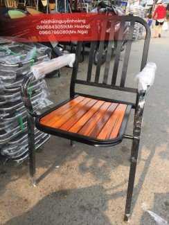 Thanh lý ghế sắt có lưng tựa cho kinh doanh quán ăn, quán cafe