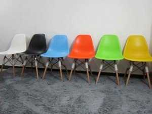 Thanh lý lô ghế nhựa chân gỗ