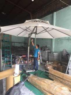 Dù che nắng, mưa cho kinh doanh cafe, quán ăn giá xưởng