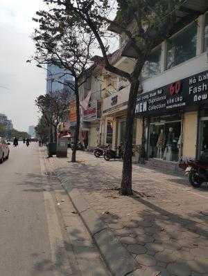 Bán gấp nhà mặt phố Văn Cao, Quận Ba Đình 67m, mt 6.7m, KD, đầu tư 23 tỷ.