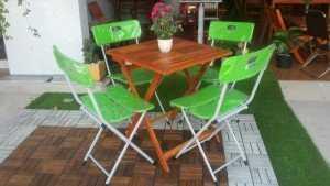 Bộ bàn ghế cafe, ghế xếp nhựa, bàn gỗ